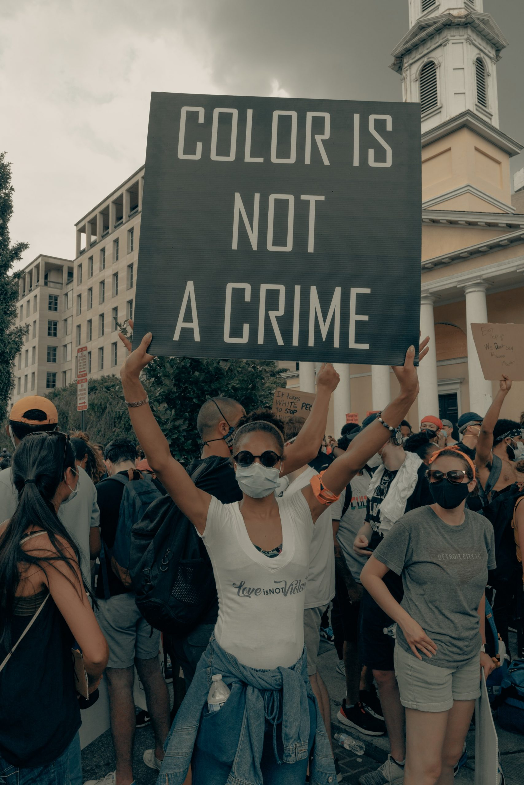 "Javaid Iqbal Discusses ""Rise of Racist Machines"""